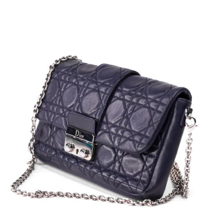 VieTrendy-Dior-Navy-Lady-Dior-wchain-Side