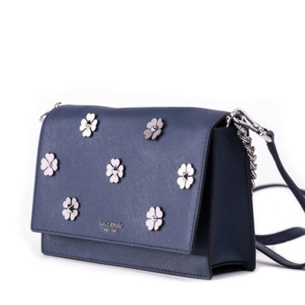 VieTrendy-Kate-Spade-Cameron-Spade-Flower-Applique-Side