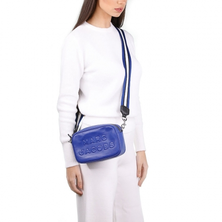 VieTrendy-Marc-Jacobs-ACADEMY-BLUE-FLASH-with-Model
