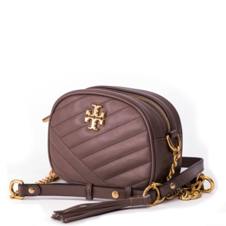 VieTrendy-Tory-Burch-Camer-Bag-Beige-Side