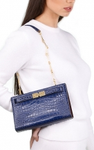 VieTrendy-Tory-Burch-Lee-Radziwill-Small-Bag-Blue-with-Model