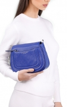 VieTrendy-Marc-Jacobs-Mini-Messenger-Academy-Blue-with-Model